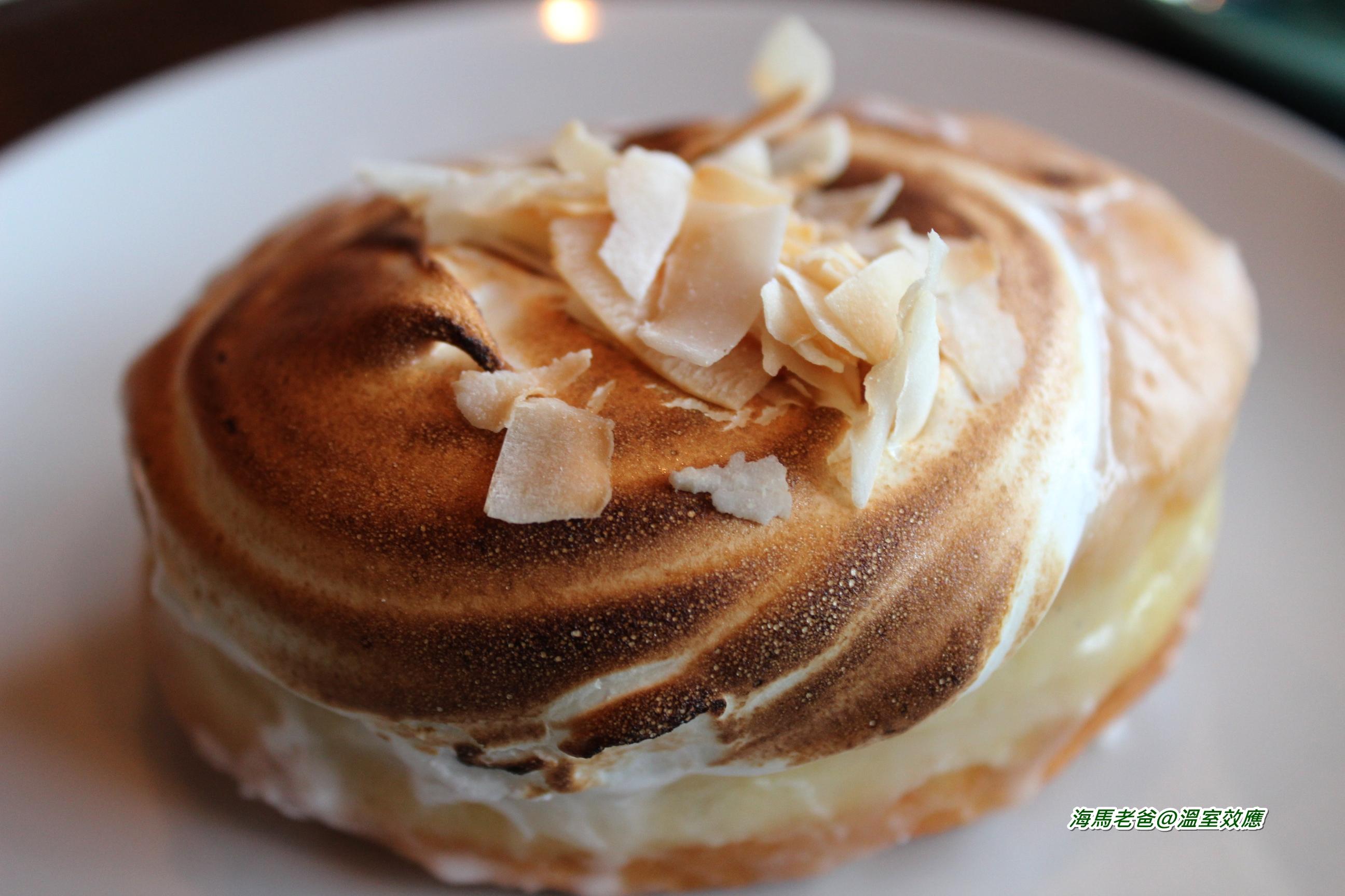 {溫哥華咖啡館} 咖啡+甜甜圈的好搭擋