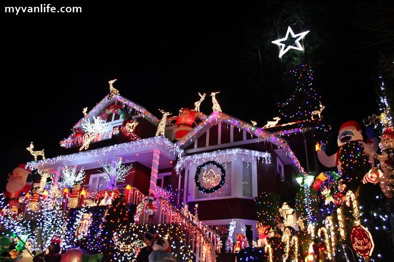 {溫哥華旅遊} 閃亮!北溫哥華山坡上十萬顆愛的聖誕燈