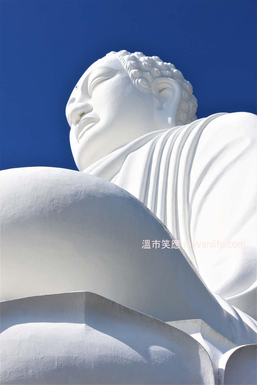 {越南旅遊} 占婆廟與佛寺共處,三種廟宇一次看盡